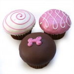dog-cupcakes-valenties-day-dog-treats-vday-bubbarose[1]